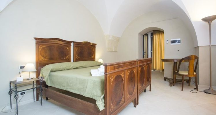 resort in salento villa lucrezio cutrofiano